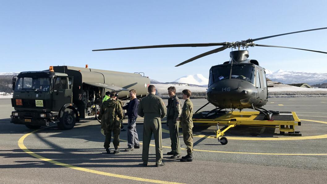 PARKERT: Det var på en slik landingstralle på Bardufoss at akslingen til halerotoren plutselig knakk. Arkivfoto: TORBJØRN LØVLAND