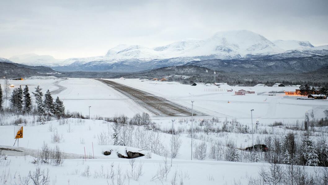 ÅPNER OPP: Bardufoss er en av de fem norske flyplassene som finske og svenske og danske militær fly skal kunne benyttes på kort varsel. Foto: Torbjørn Løvland\n\n