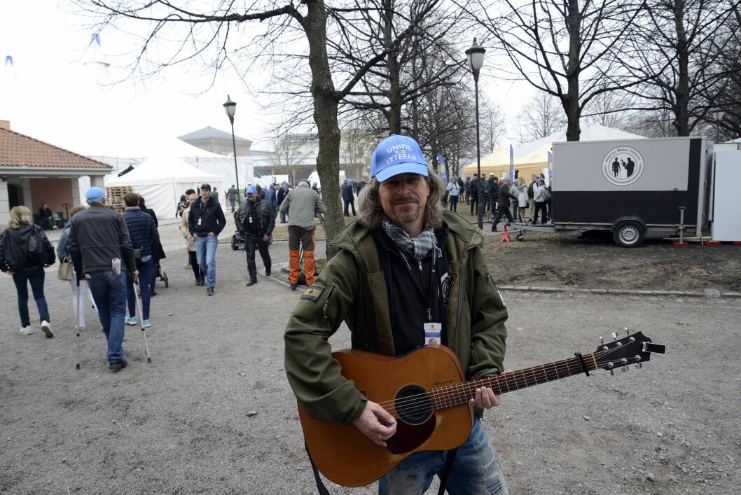 LÅTSLIPP: Kjell Arne Sunde har skrevet låta «Blue Berets in this UN Mission». Den skal fremføres for første gang under Libanon-festen på Akershus festning.