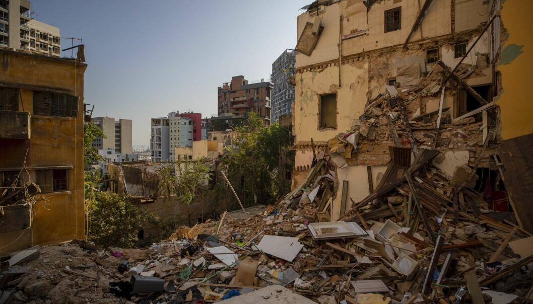 Bygninger i ruiner i et nabolag i Beirut etter forrige ukes eksplosjonsulykke.