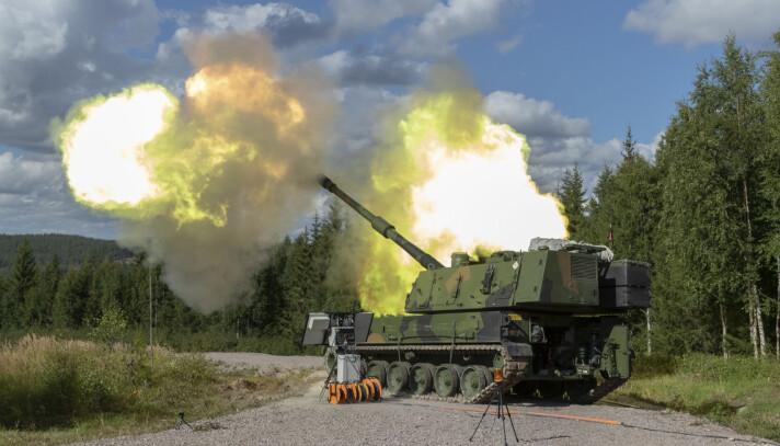 ARTILLERI: Øvelsesskyting med Hærens nye artillerivogn, K9.
