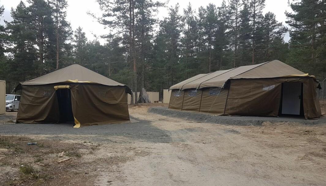 39 personer fra fastmannskapet i 6. Gardekompani bor i telt i Terningmoen leir.