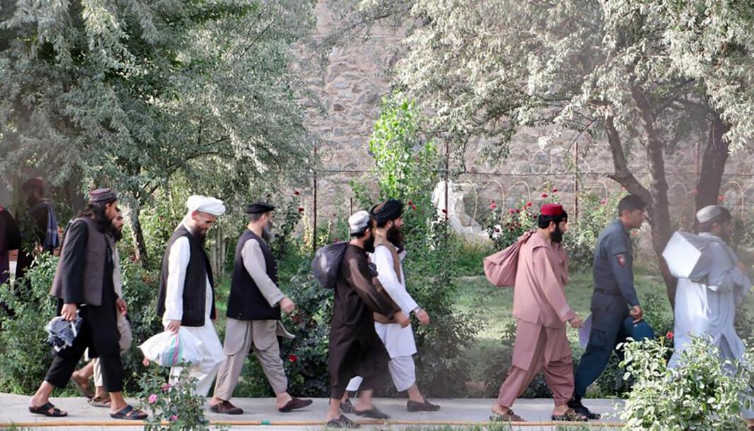 LØSLATES: Taliban-fanger ble 13. august sluppet løs fra Pul-e-Charkhi-fengselet i Kabul i Afghanistan. Fangeutleveringen er del av fredsforhandlingene mellom afghanske myndigheter og opprørsgruppen Taliban.
