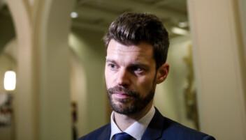 Partileder i Rødt Bjørnar Moxnes er sterkt kritisk til behandlingen av veteran Ole Vikre.