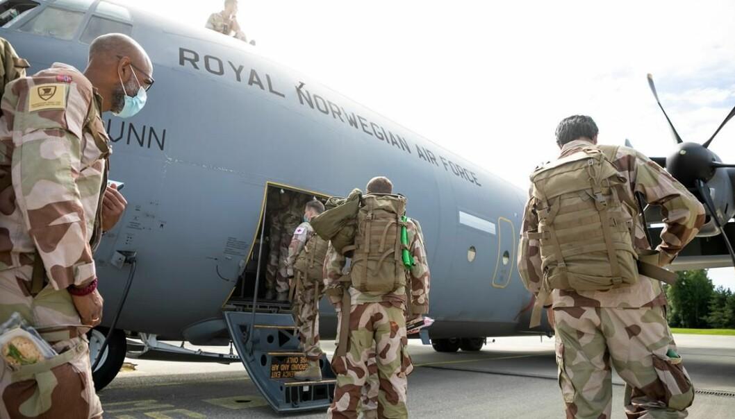 Norske soldater før avreise til Irak.