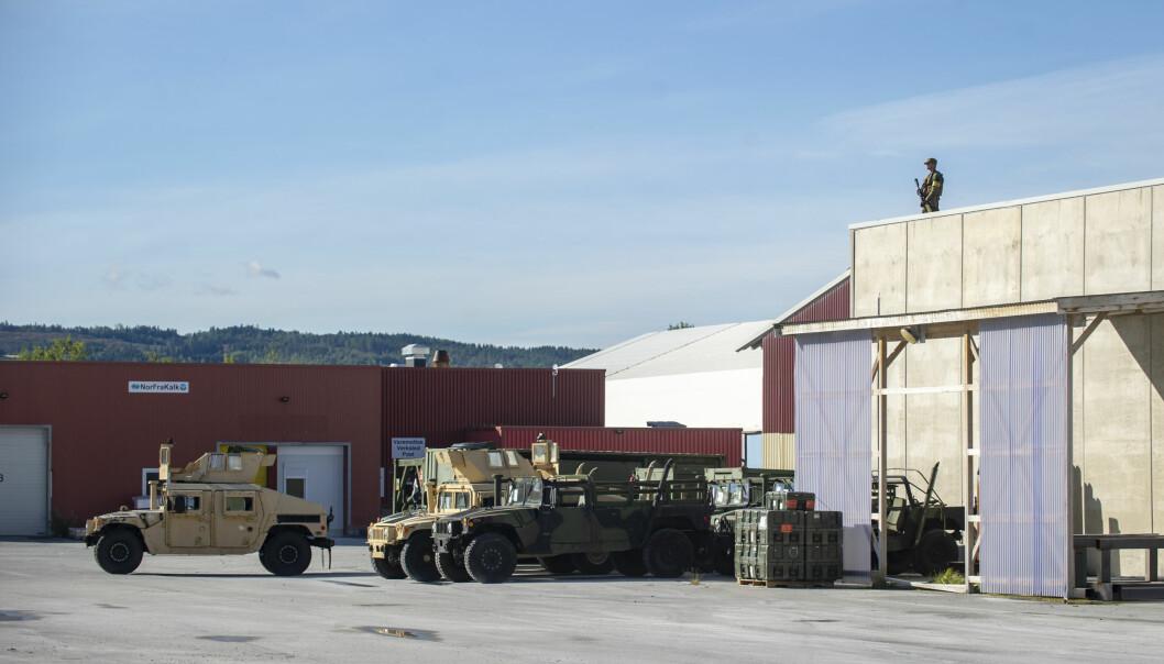Amerikansk utstyr på Verdal havn.