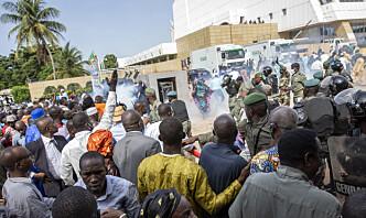 Militærjuntaen i Mali foreslår to års overgangsstyre