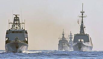 SAMTRENING: Bildet fra det greske forsvarsdepartementet viser krigsskip fra Hellas, Italia, Frankrike og Kypros i en felles øvelse i Middelhavet, sør for Tyrkia i august.