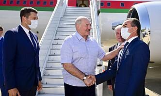 Putin uttrykker tillit til at Lukasjenko kan løse krisen