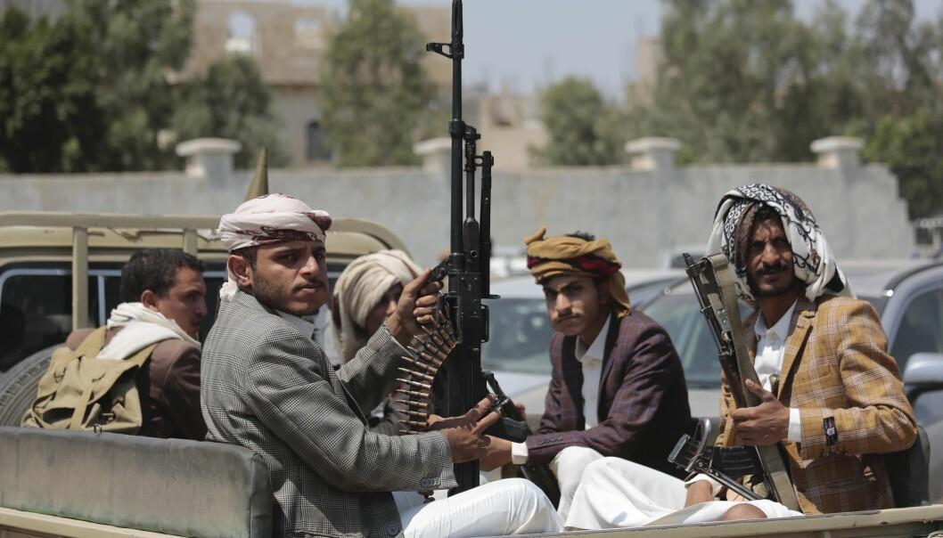 Både Houthi-opprørerne (bildet) og de andre krigførende partene i Jemen bruker nødhjelp som våpen, slår Human Rights Watch fast i en ny rapport.