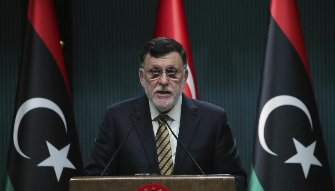 Fayez al-Sarraj, som har ledet Libyas FN-støttede regjering siden 2016, kunngjorde onsdag kveld at han går av i neste måned.