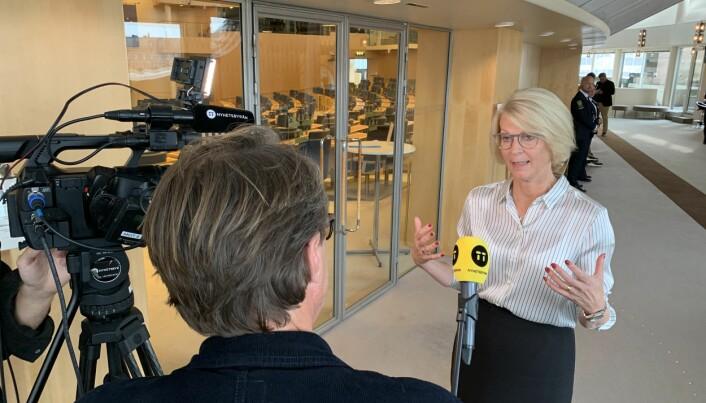 Det svenske forsvarets langtidsplan er ikke god nok på sikt, mener den svenske opposisjonens finansministerkandidat, Moderaternas Elisabeth Svantesson.