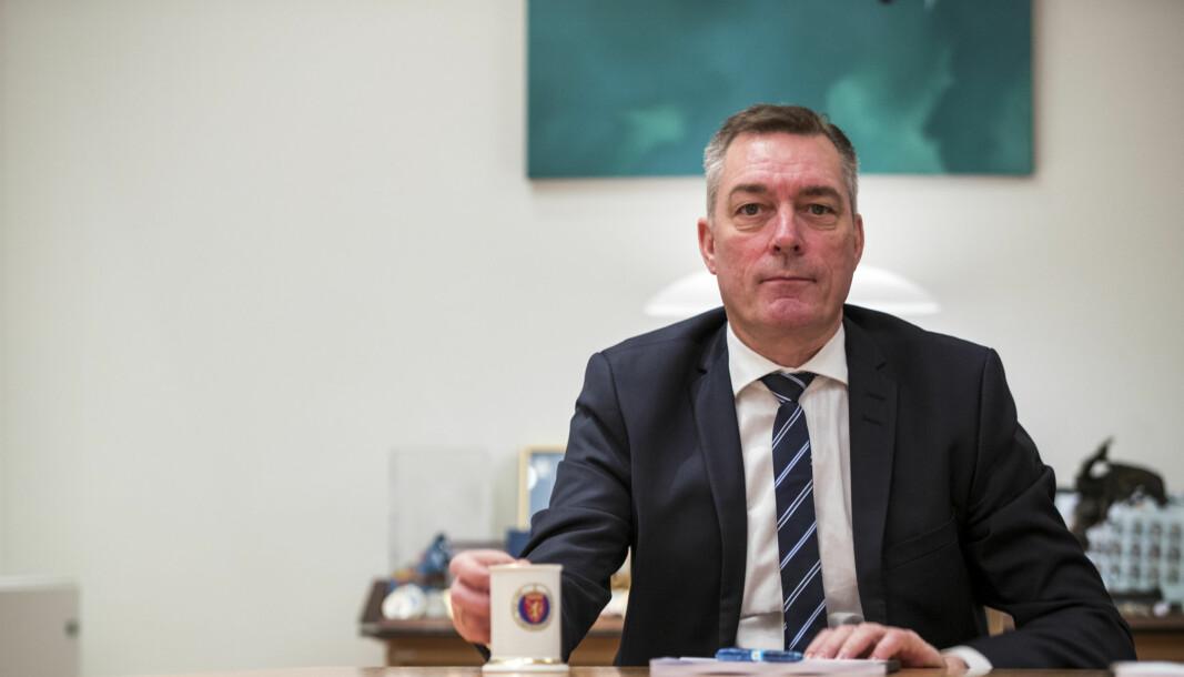 Forsvarsminister Frank Bakke-Jensen sier at de vil dekke sakskostnadene knyttet til gruppesøksmålet som ble reist mot staten.