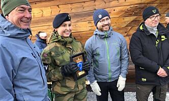 Julie mottok ryddepris på vegne av 15.000 soldater