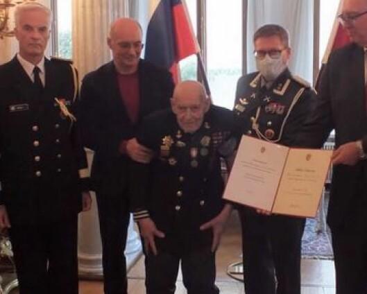 Podgurskij (103) trolig eldste mottaker av Deltakermedaljen