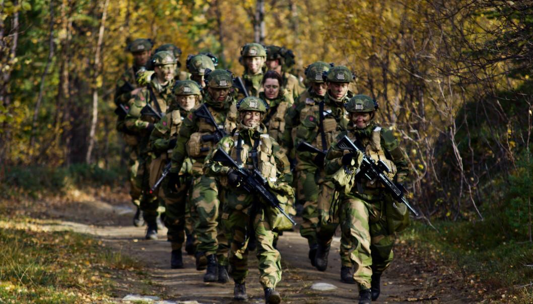 I årene som kommer vil det være hevet over tvil at Forsvarets personellressurser må styrkes, skriver Hedda Bryn Langemyr.