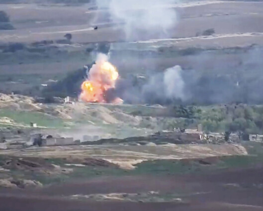 Armenske styrker hevder å ha skutt ned helikopter fra Aserbajdsjan
