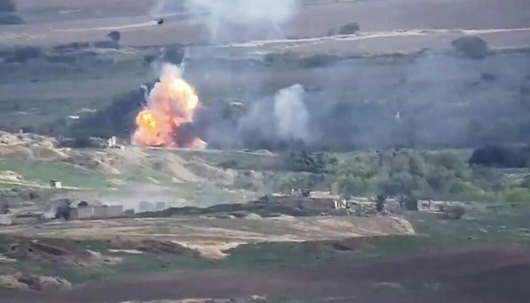Kamper mellom armenske og aserbajdsjanske styrker fra en video offentliggjort av Armenias forsvarsdepartement tidligere denne uken.