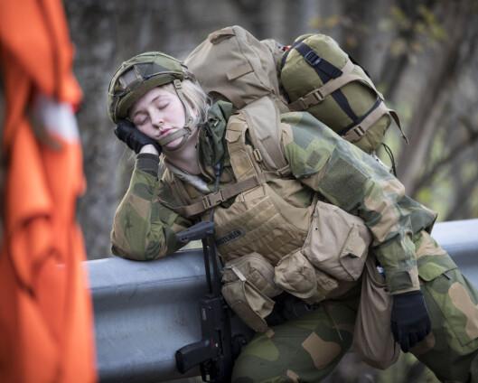 USAs hær med nytt våpen i soldatmanual: Strategiske høneblunder