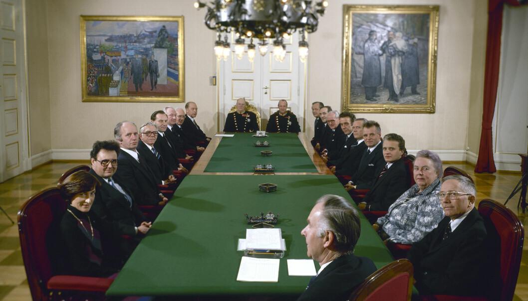 Påsken 1978 måtte regjeringen ta stilling til deltakelse i Sør-Libanon. Bildet er fra et statsråd med den samme regjeringen i februar i 1981.