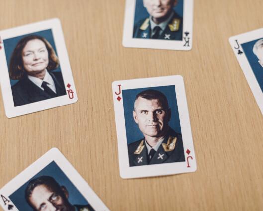 Den store sjefskabalen: Sjef Forsvarsstaben får sitte et år til