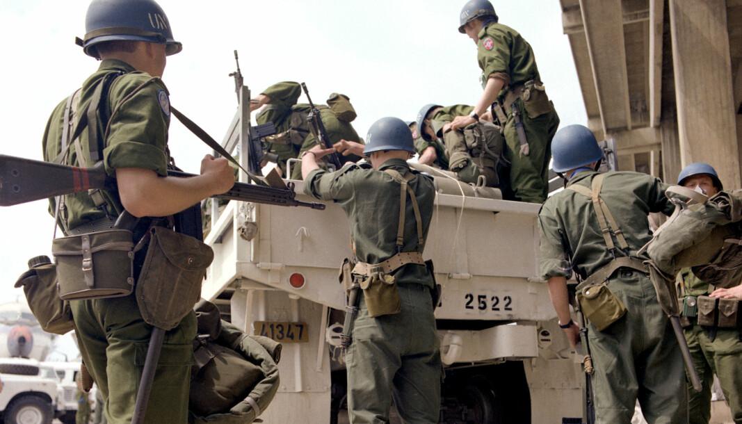 Mange så grufulle ting uten å kunne gripe inn. Og noen av oss tok med krigen hjem, skriver Roger Bjorøy-Karlsen. Her ser vi norske FN-soldater fra NOTBATTS første kontingent i 1978.