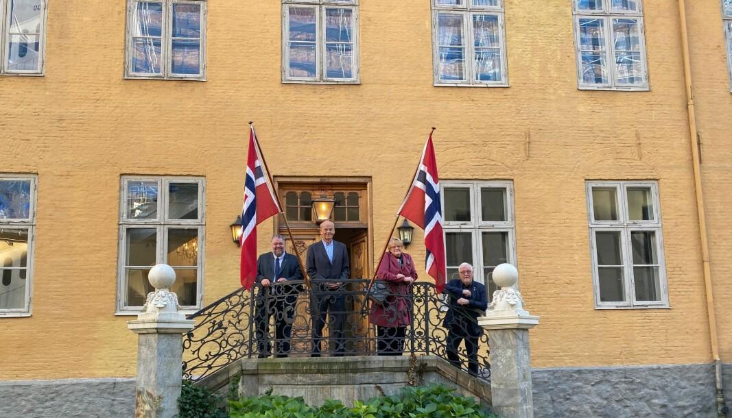 ENIGE: Morten Wold (FrP), Michael Tetzschner (H), Trine Skei Grande (V) og Geir Sigbjørn Toskedal (KrF) er alle representanter i Stortingets utenriks- og forsvarskomité, og representerer flertallet.