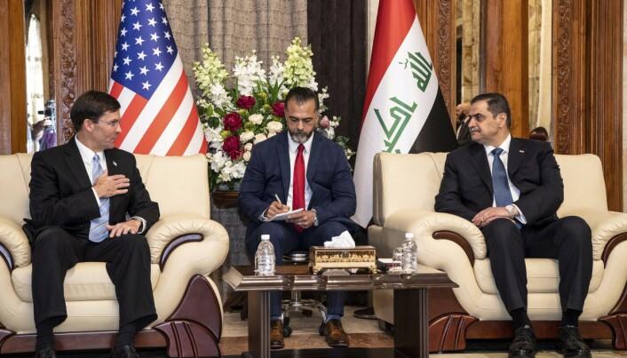 Den irakiske forsvarsministeren Najah al-Shammary møtte i 2019 USAs Mark Esper.