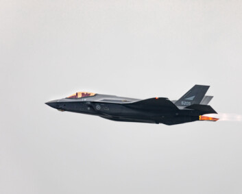 Uenige om kampfly: - Bemannede våpensystemer vil fortsatt dominere