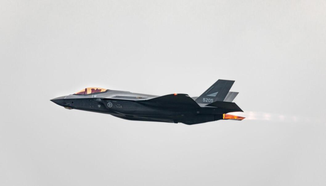 DOMINANS: Bemannede våpensystemer og kampfly vil fortsette å dominere framover, skriver Oddmund Hammerstad. Her ser vi kampflyet F-35.