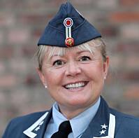 Lena Kvarving, oberstløytnant, Forsvarets høgskole