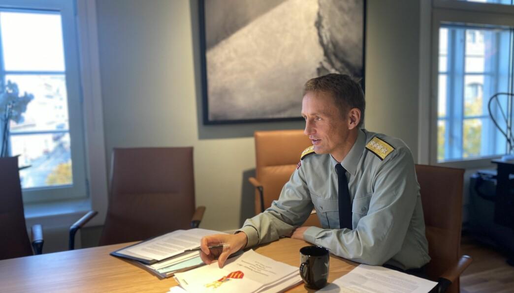 Forsvarssjef Eirik Kristoffersen under intervjuet med Forsvarets forum i oktober.