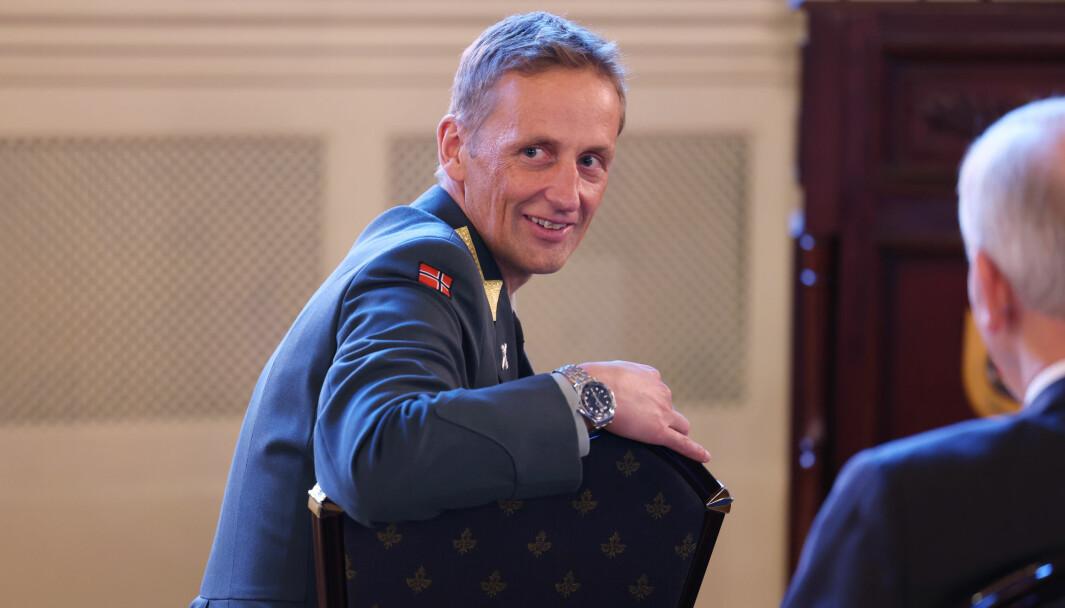 General Eirik Kristoffersen oppfordrer til mer åpenhet og mer debatt om Forsvaret.