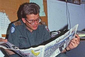 Her ser vi Ola Christensen i Libanon da han var presse- og informasjonsoffiser i NORBATT 1986.