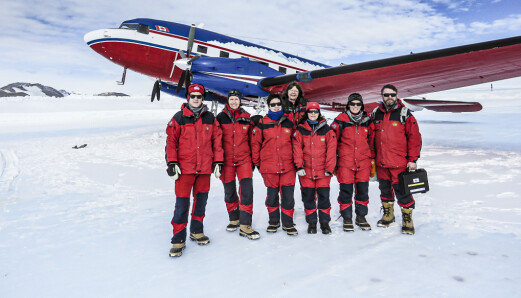 Sammen med et norsk inspeksjonsteam i Antarktis.