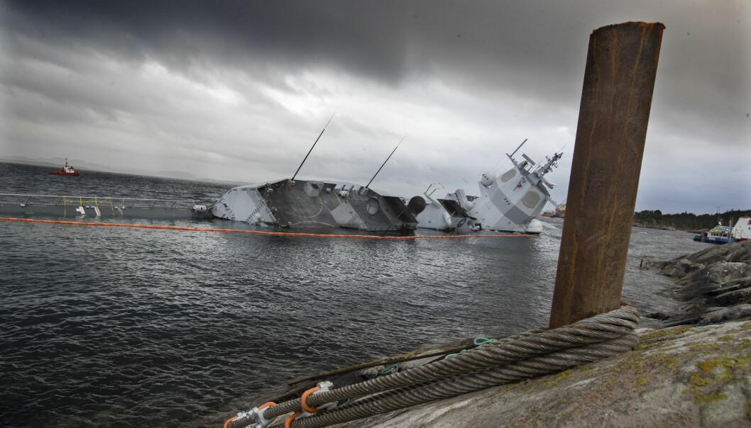 KNM Helge Ingstad kolliderte med et tankskip 8. november 2018.