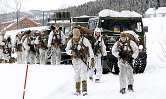– Forsvarskommisjonen må stå friest mulig