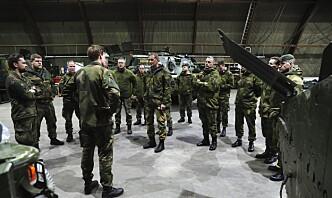 – Kan ikke erstatte militær kompetanse