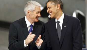 Krig er av og til nødvendig, sa Barack Obama da han mottok Nobels fredspris i 2009. Her er han samen med Nobelkomiteens daværende leder Thorbjørn Jagland under utdelingen i Oslo rådhus.