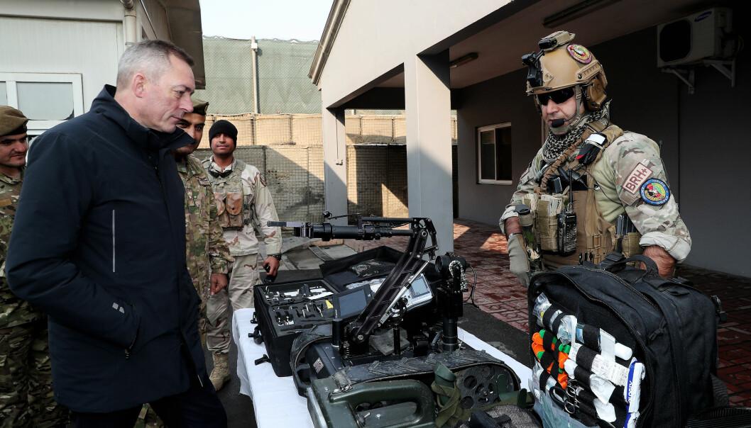 Forsvarsminister Frank Bakke-Jensen var på et to dagers besøk til Kabul 29. og 30. januar 2018. Her møter forsvarsministeren CRU 222, som blir trent og monitorert av norske spesialstyrker i Kabul.