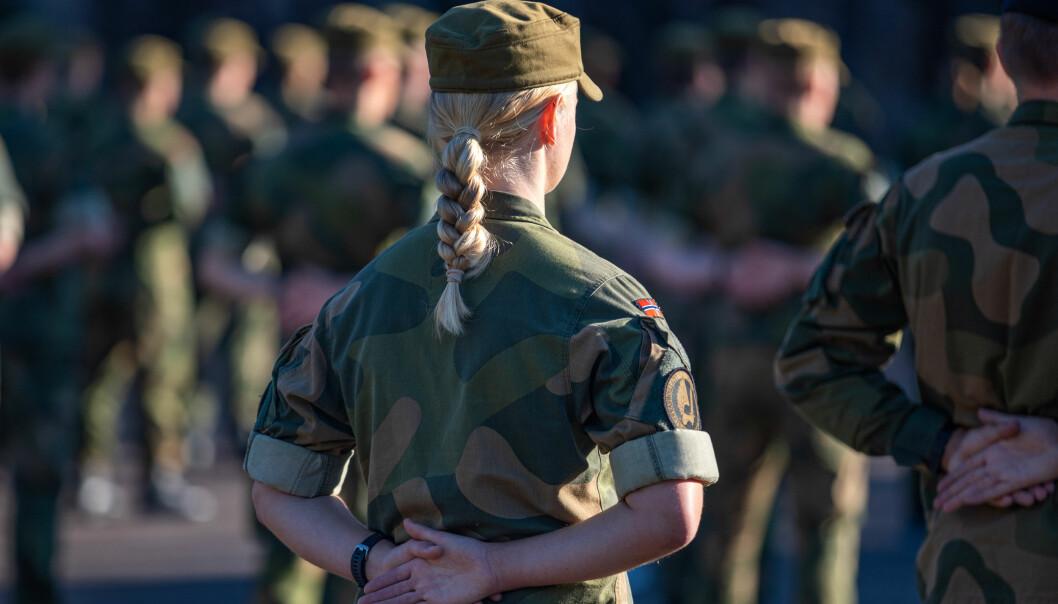 Verneplikt for kvinner gjorde slutt på en lovfestet kvotering av menn til Forsvaret, skriver Henning-A. Frantzen. Dette bildet er fra en på Kjevik.