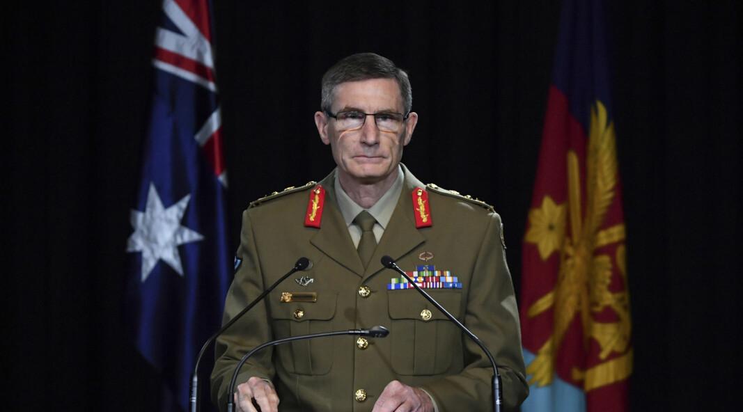 BEKLAGER: Australias forsvarssjef Angus Campbell la torsdag fram en rystende rapport om australske soldaters handlinger i Afghanistan.