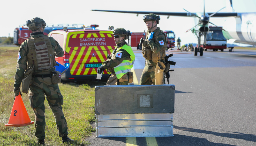 Sanitetssoldater på Torp flyplass under en samvirkeøvelse med nødetatene.