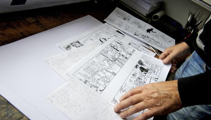 Stomperud-tegner Aasnes klarer seg med grå og sort blyant. Fargene får Stomperud hos et fimra i Sverige.