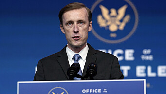 Jake Sullivan er nominert til posten som nasjonal sikkerhetsrådgiver for Joe Biden. Han har bakgrunn som utenrikspolitisk rådgiver for Hillary Clinton og var sikkerhetspolitisk rådgiver da Biden var visepresident. Deretter begynte han å arbeide for konsulentselskapet Macro Advisory Partners, ledet av en tidligere britisk etterretningssjef.