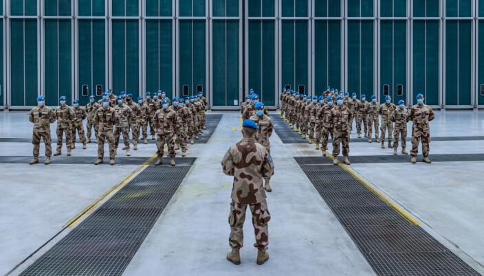 Ny kontingent med norske soldater er på vei til FN-oppdrag i ørkenlandet Mali.