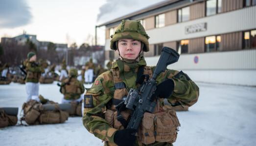 Bård Larsen Husmo er vernepliktig soldat i HV-17.