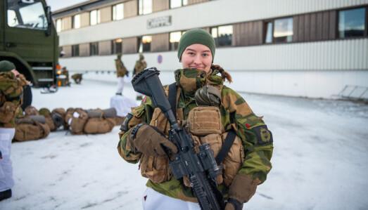 Sara Jørgensen er vernepliktig soldat u HV-17.