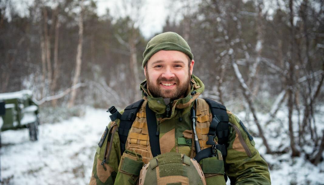Thomas Benky er troppsjef for seksmåneders-soldatene.