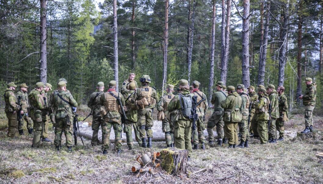 Johannes Kibsgaard har glemt Heimevernet i sine tanker om folkeforsvaret, skriver Sten Løitegaard. Her ser vi heimevernssoldater i HV-08.